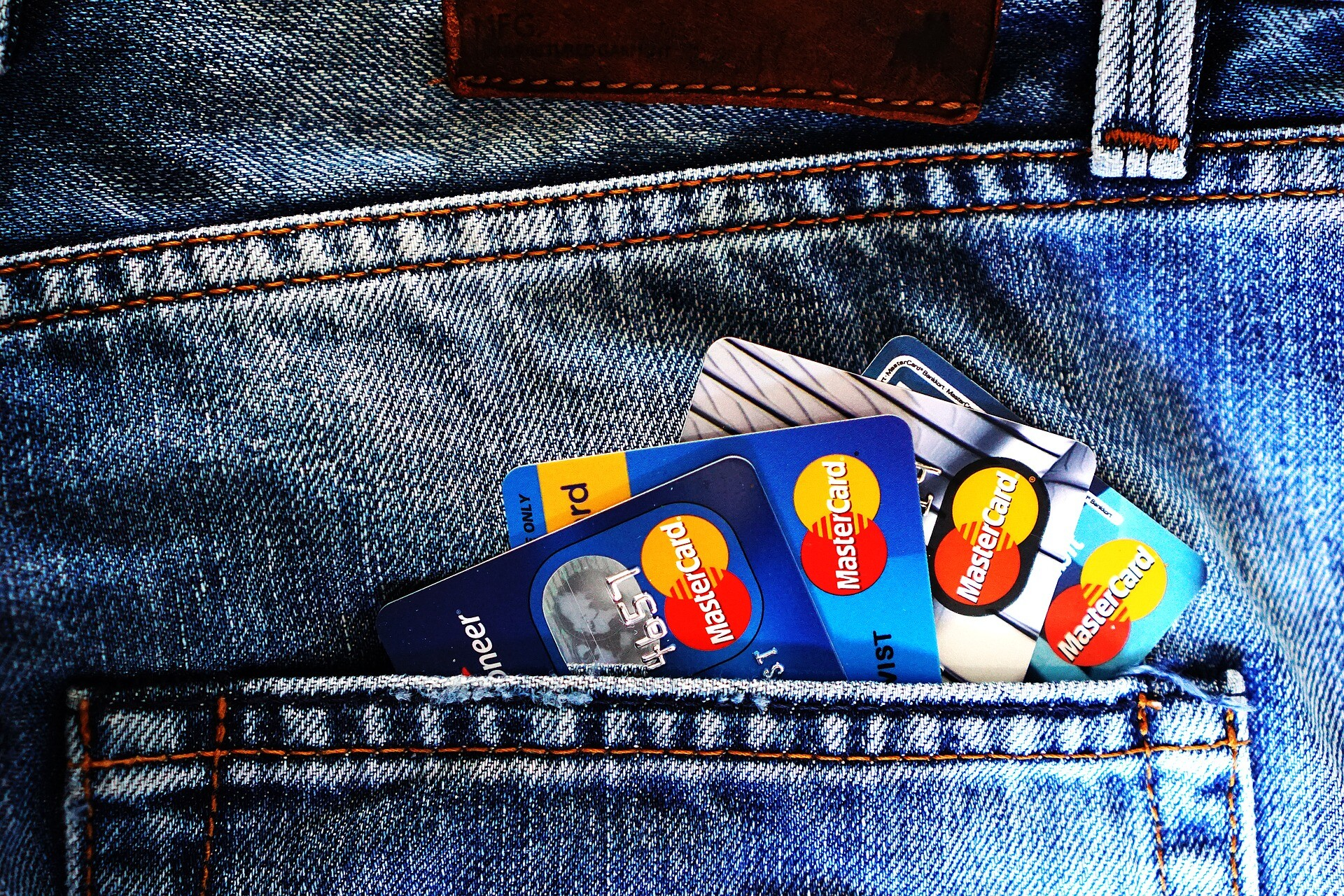 Justiça Proíbe Diferença de Preço Entre Cartão E Dinheiro
