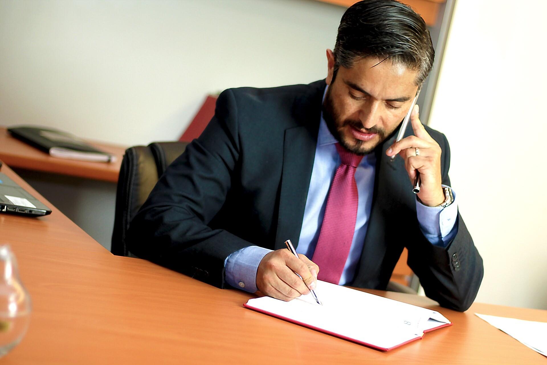 Tributação do advogado associado